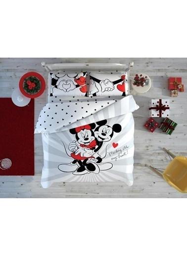 Taç Lisanslı Disney Sevgililer Günü Minnie Mickey Love Day Glow Çift Kişilik Nevresim Takımı Renkli